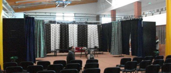 Ferrum Színházi Társulás - KÁOSZ (2011. május 7.)