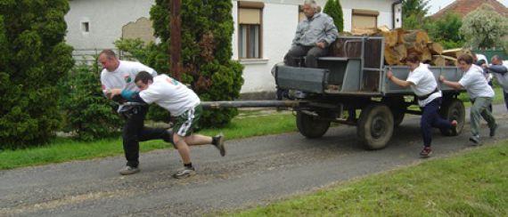 Legerősebb Falu (2004)