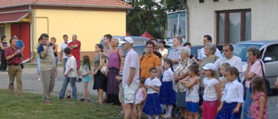 Májusfa-kitáncolás (2008.06.01.)